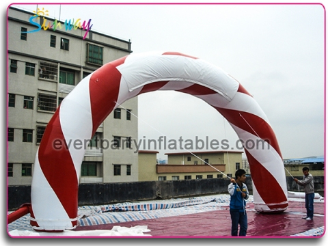 White and red arch AT-142